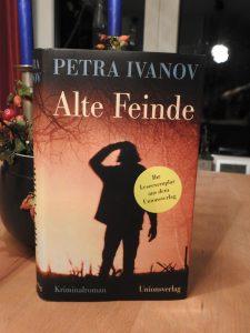 Petra Ivanov - Alte Feinde