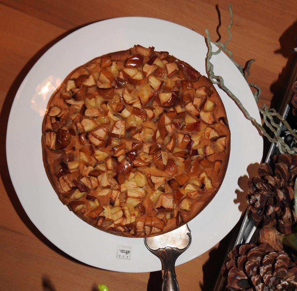 Kardamom-Cognac Apfelkuchen