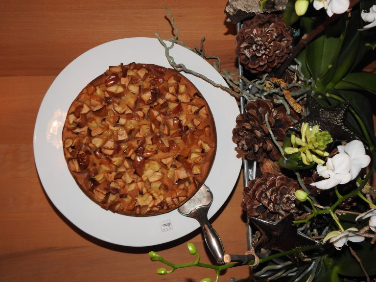 Kardamom-Congnac Apfelkuchen