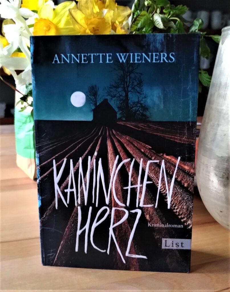 Annette Wieners - Kaninchenherz - Mord auf dem Friedhof